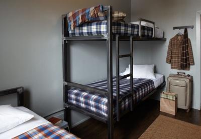 3 bedroom female dorm at Holiday Jones