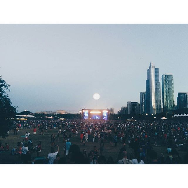 moon over lollapalooza